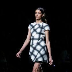 Vestido de rombos de Roberto Torretta en Madrid Fashion Week primavera/verano 2015