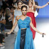 Vestido azul de Duyos en Madrid Fashion Week primavera/verano 2015