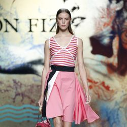 Vestido rosa de Ion Fiz en Madrid Fashion Week primavera/verano 2015