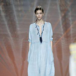 Vestido azul de Ailanto en Madrid Fashion Week primavera/verano 2015