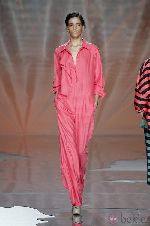 Mono fucsia de Ailanto en Madrid Fashion Week primavera/verano 2015