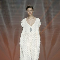 Vestido blanco de Ailanto en Madrid Fashion Week primavera/verano 2015