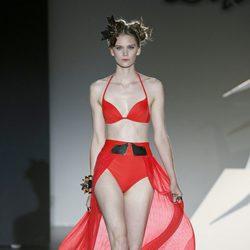 Bikini con cola de gasa de Dolores Cortés en Madrid Fashion Week para primavera/verano 2015