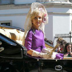 Carmen Lomana con mantilla