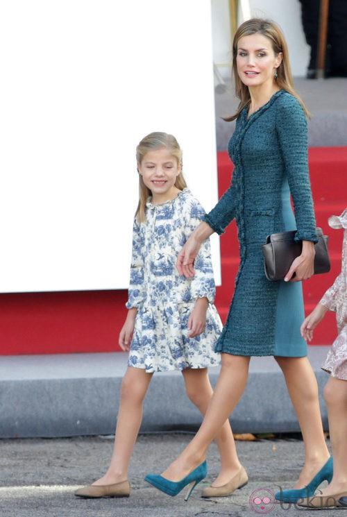 Look de la Reina Letizia en el Día de la Hispanidad 2014