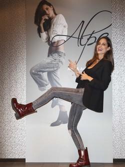Ariadne Artiles, feliz por su participación en la campaña otoño/invierno 2014/2015 de Alpe