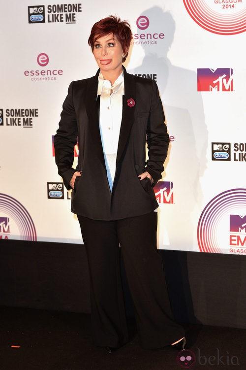 Sharon Osbourne con un look 'black&white' en los MTV EMA 2014
