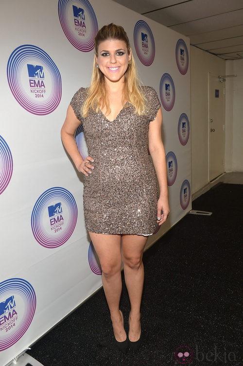 Molly Tarlov con un look de paillettes en los MTV EMA 2014