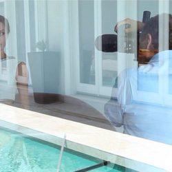 Mario Testino fotografía a Angelina Jolie para la portada de Vanity Fair