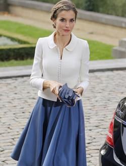 La Reina Letizia con un look años 50