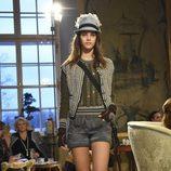 Conjunto de shorts con calcetines y chaqueta de la colección pre-fall 2015 de Chanel