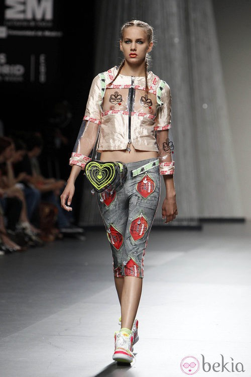 Chaqueta corta y pantalón pirata de María Ke Fisherman en Cibeles, colección primavera 2012
