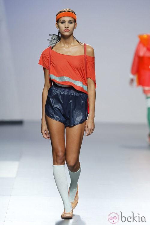 Camiseta y shorts de Alba Cardalda en Cibeles, colección primavera 2012