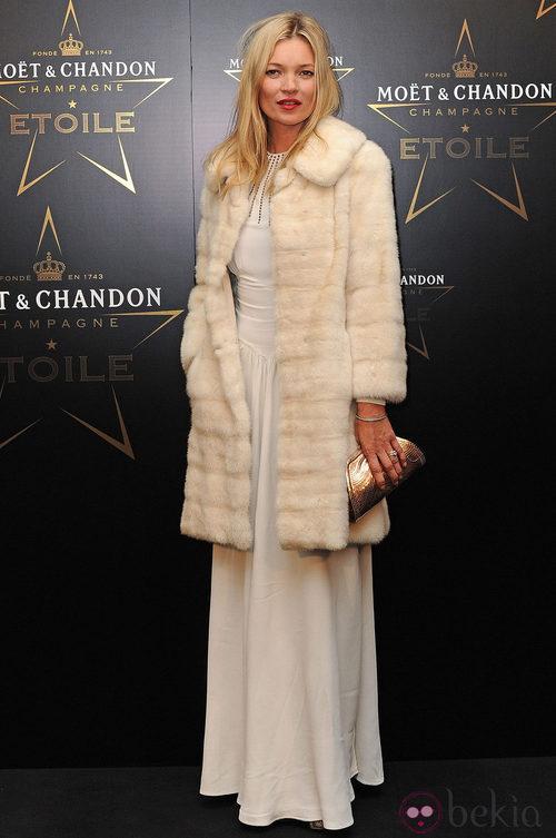 Kate Moss en los premios de la moda Moët & Chandon Étoile en Londres