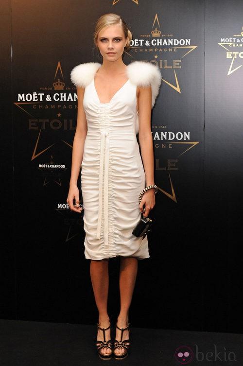 Clara Delevigne en los premios de la moda Moët & Chandon Étoile en Londres