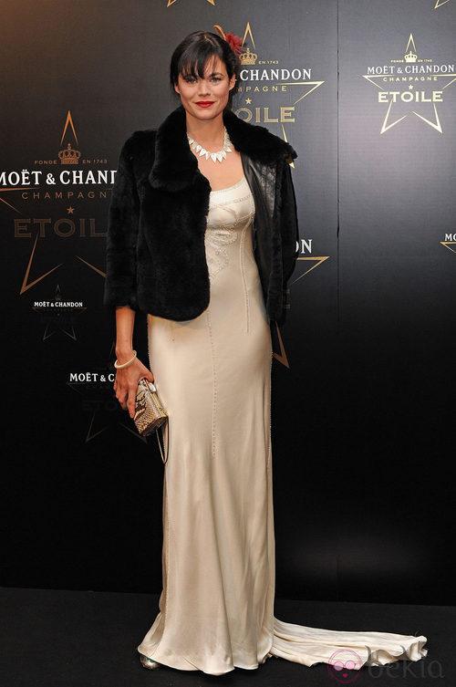 Jasmine Guinness en los premios de la moda Moët & Chandon Étoile en Londres