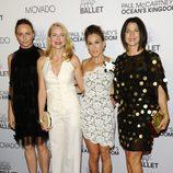 Stella McCartney, Naomi Watts, Sarah Jessica Parker y Jessica Seinfeld en el estreno de 'Ocean's kingdom'