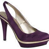 Zapatos lilas con plataforma de Lorena Carreras, colección otoño/invierno 2011