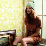 Modelo de la colección Antique by Women'secret para el otoño/invierno 2011/2012