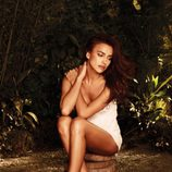 Irina Shayk con sandalias planas de la colección primavera/verano 2015 de Xti