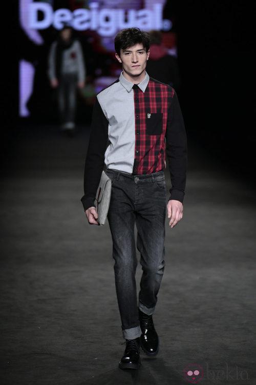 Camisa dos estilos de la colección otoño/invierno 2015/2016 de Desigual en la 080 Barcelona Fashion