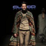 Andrés Velencoso desfilando para Custo Barcelona en la 080 Barcelona Fashion 2015