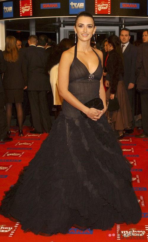 Penélope Cruz con un vestido Chanel de Alta Costura en los Premios Goya 2005