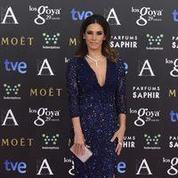India Martínez con un vestido de Bluemarine en la alfombra roja de los Premios Goya 2015