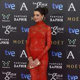 Macarena Gómez con un vestido de Lorenzo Caprile en la alfombra roja de los Premios Goya 2015