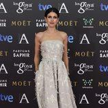 Nerea Barros con un vestido de Óscar de la Renta en la alfombra roja de los Premios Goya 2015