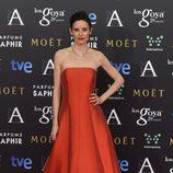 Pilar López de Ayala con un vestido de Tot-Hom en la alfombra roja de los Premios Goya 2015