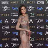 Sandra Martín con un vestido de Rubén Hernández en la alfombra roja de los Premios Goya 2015