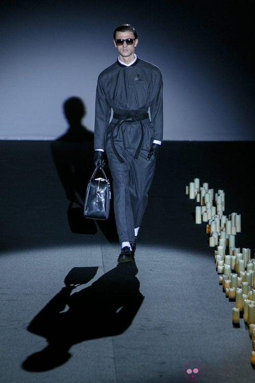 Mono negro de Davidelfin en Madrid Fashion Week para otoño/invierno 2015/2016