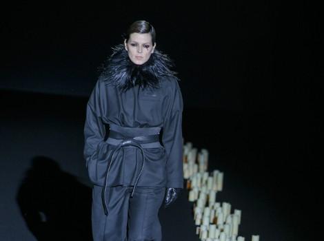 Conjunto negro de Davidelfin en Madrid Fashion Week para otoño/invierno 2015/2016