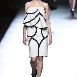Desfile de la colección otoño/invierno 2015/2016 de Amaya Arzuaga en la Madrid Fashion Week