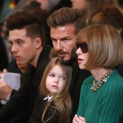 David Beckham y su hija Harper en el desfile de Victoria Beckham en Nueva York Fashion Week 2015