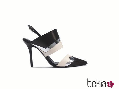 Zapato black&white de la colección primavera/verano 2015 de Roger Vivier