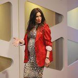 Pilar Rubio con un ajustado vestido print animal y una americana de lentejuelas roja