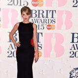 Taylor Swift con un vestido de Roberto Cavalli en los Brit Awards 2015