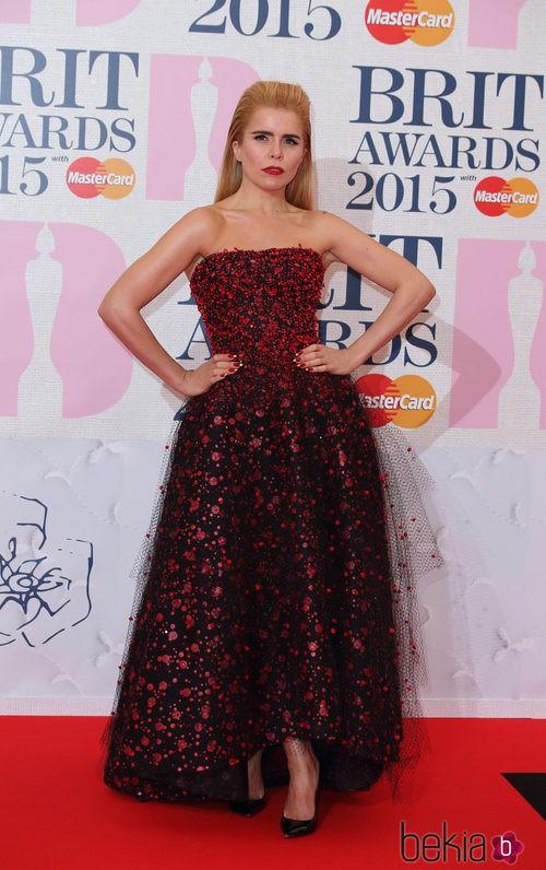 Paloma Faith con un vestido de Armani en los Brit Awards 2015