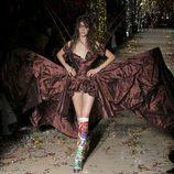 Vestido con corset y apertura frontal de la colección otoño/invierno 2015 de Vivienne Westwood
