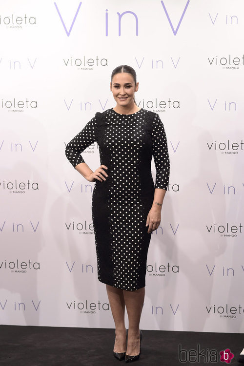 Vicky Martín Berrocal presenta su colección 'V in V' de Violeta by Mango