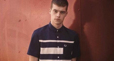 Camisa azul con líneas blancas de la colección primavera/verano 2015 Men's Authentic Collection de Fred Perry