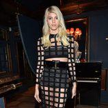 Devon Windsor con un vestido Balmain de la colección primavera/verano 2015