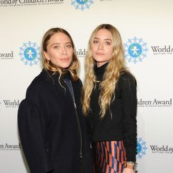 Las hermanas Olsen en la entrega de los Premios World of Children en Nueva York