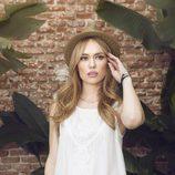 Patricia Conde posando para Dándara con la colección primavera/verano 2015
