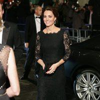 Kate Middleton con vestido de Diane Von Furstenger