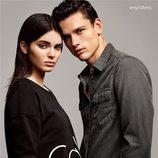 Kendall Jenner posando con la colección 2015 de Calvin Klein Jeans