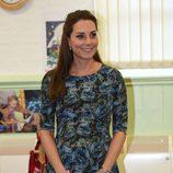 Kate Middleton con un vestido  estampado de Seraphine