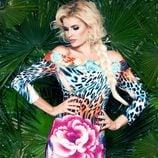 Adriana Abenia presentando la colección primavera/verano 2015 de Barbarella